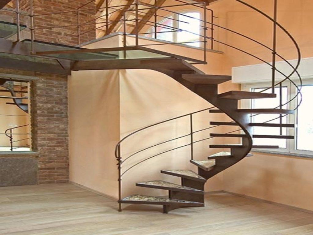 одномаршевая винтовая лестница